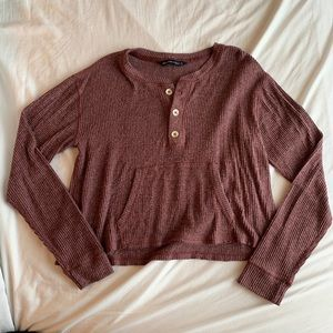 Soft ribbed maroon button up top
